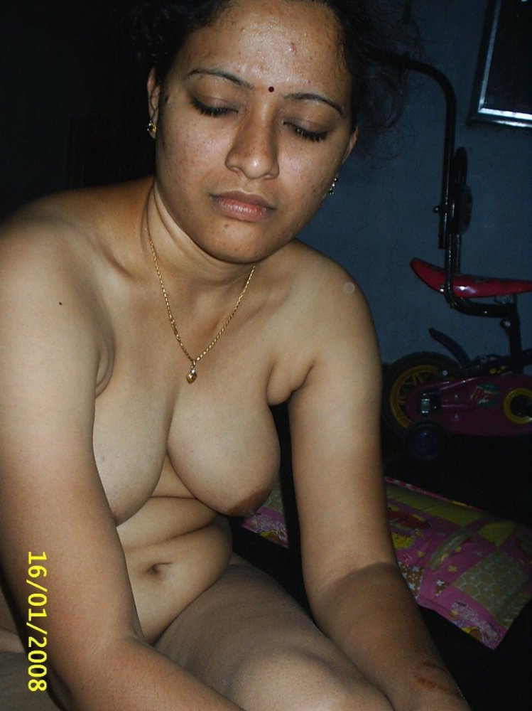 nude cute aunty india