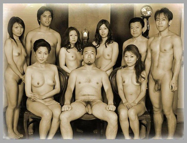 Family nudity picture
