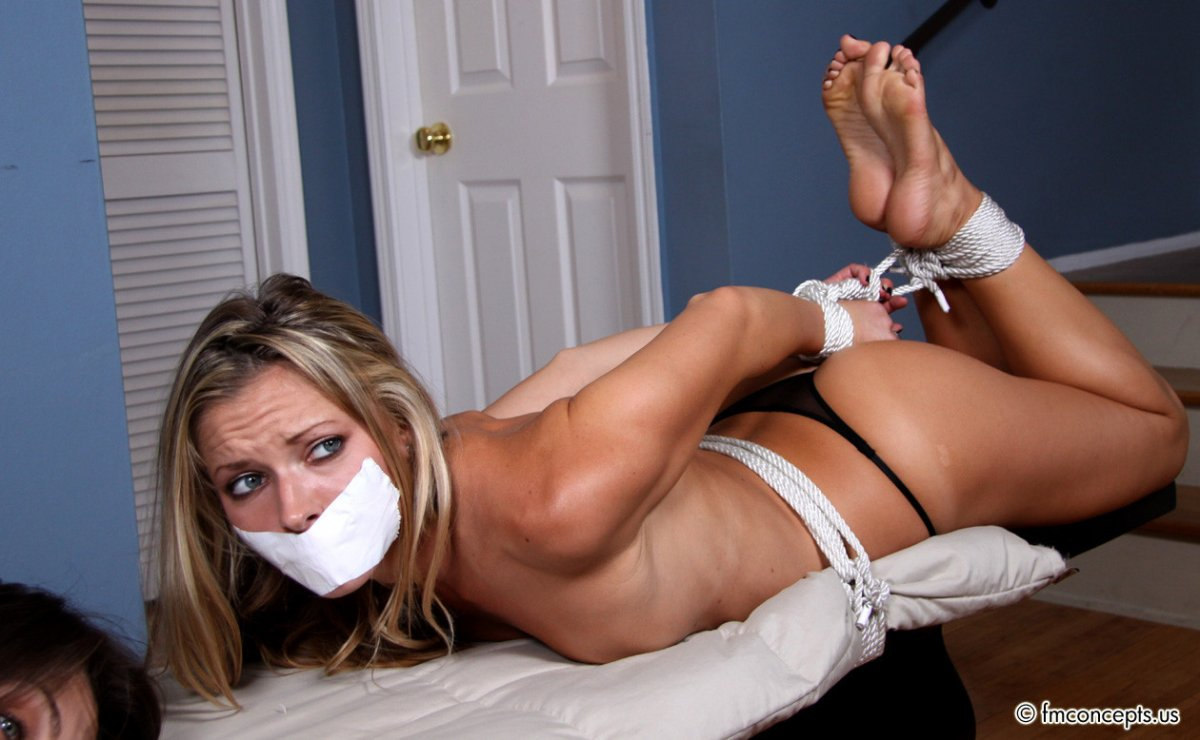 Hogtied, Photo album by Tommylaw - XVIDEOS.COM
