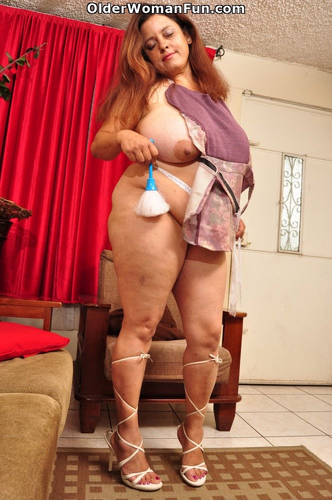 Latina milfs rosaly and brenda need to get off 5