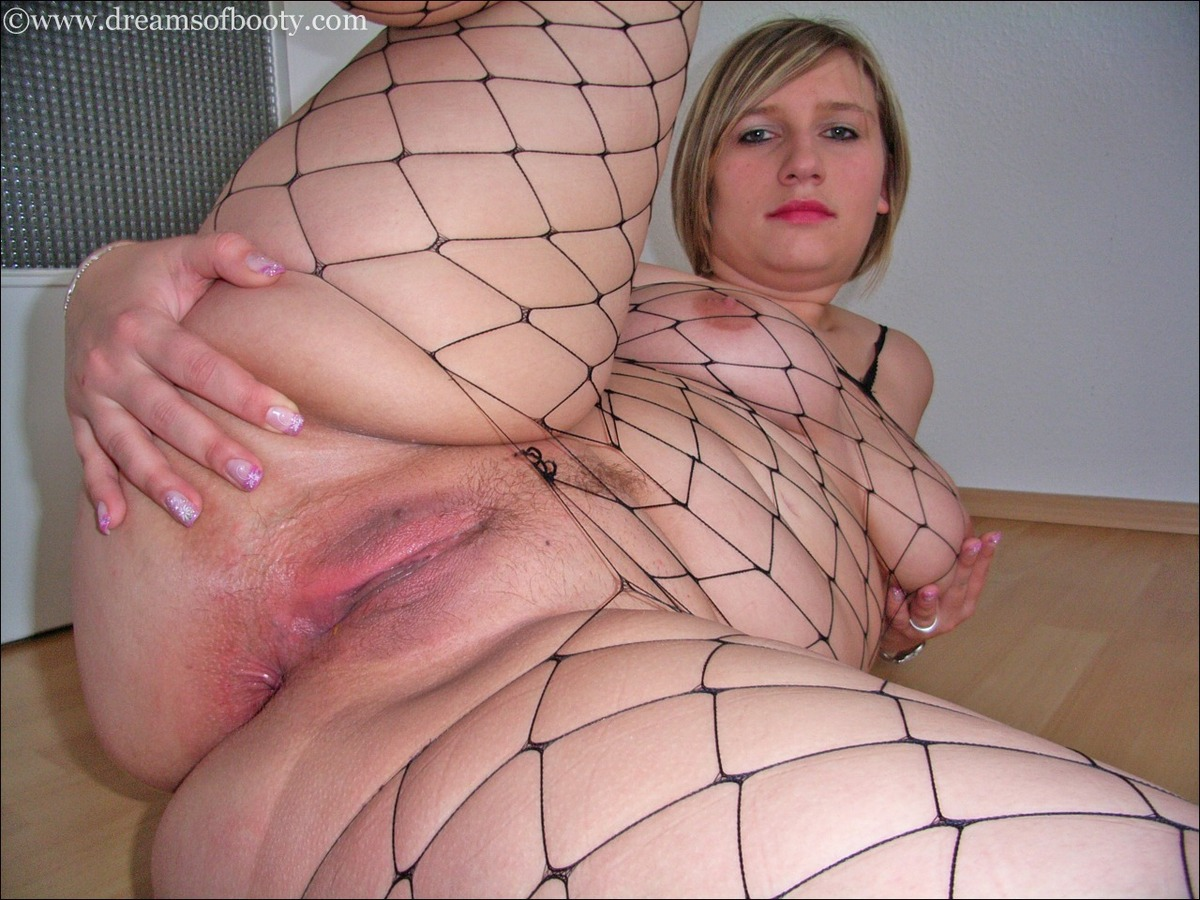 Bigbutt blonde nikki gets fucked after sitting on my face 10