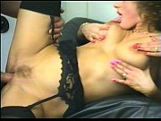 Кунилингус порно видео кунилингусом мужик доводит до оргазма