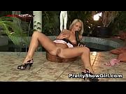 Порно видео зрелую с красивыми ступнями в анал