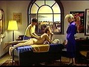 Лесбиянки с очень маленькой грудью видео
