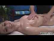 Порно белая с черными половыми губами