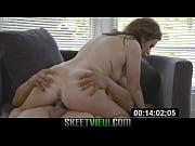 видео как девушек ебут парни
