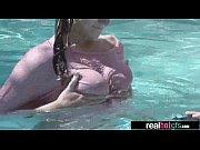 Смотреть видео сисястая мамаша не удержалась и увидела своего сына голым в душе