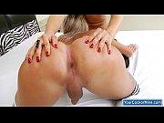 Прекрасная голая девушка с видео