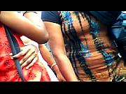Мужику засовывает пальцы в анал порно видео онлайн
