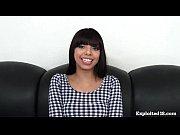 Смотреть видео девушка смотрит порно мастурбировала на домашнюю веб камеру
