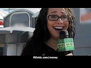 девочка моется в душе видео порно онлайн