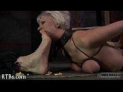 Порно фильмы госпожа издевается над рабом
