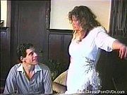 Порно фото в коротком платье без трусиков