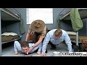 Снимает трусы демонстрирует свой анус с клитором видео онлайн