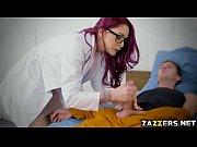 Видео сперма на лицах и во рту