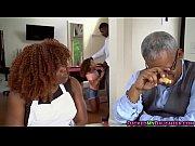 Сын трахает сексуальную маму видео