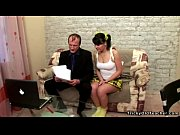 Порно видео села на корточках попой