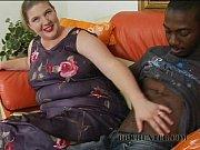 Син трахае власну матір на скриьу камеру