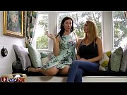 Случайный секс с мамой подруги смотреть онлайн
