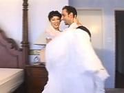 Порно онлайн смотреть в попу кончают а муж слизывает сперму с жены