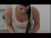 Мастурбация женщин в зрелом возрасте с большой грудью сама с собой видео 5 фотография