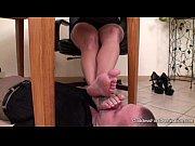 Порно видио очкастые женщины гладят свою пизду