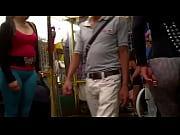 Старый таксист трахает девушку