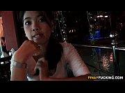 Видео скрытая камера девки писуют