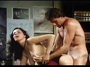 Порно мачеха увидела как пачерича сасёт