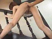 足を大きく開いた割れ目パックリ状態で手マンとクンニされヒクヒク感じる里美ゆりあちゃん。