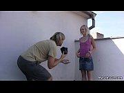 Классный секс с мулаткой в особняке видео