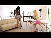 Показать как правильно сбить девушке девственницу видео