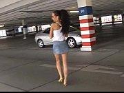 Порно видео широко раздвинутая женская попка крупным планом