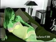Мужчина раздевает девушку и медленно пытает видео онлайн