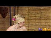 Массажист устроил с блондинками групповуху и трахнул их в анал