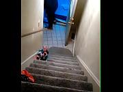Порно видео на лестничной площадке