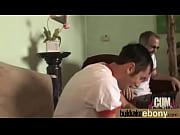 Пьяный папа трахает дочку секс видео