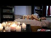 Лесбиянки засовывают сама тык в попу