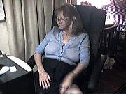 Порно молода мама танцює стриптиз