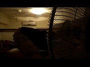 Порно девушка с подушкой видео