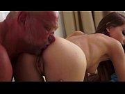 ава учит подружек как нужно сосать член порно