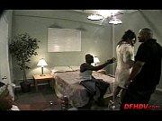 Жена забеременнела от роты солдат порно расказ
