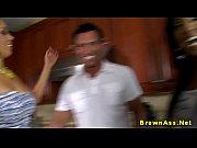 Смотреть порно-видео пьяный отец с дочкой