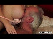 Телка попросила у деда мороза мужика с большим членом