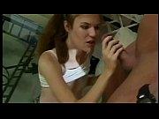 Подборка роликов женщины едят сперму