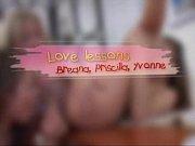 Видео секс с грудастой сексуально младшей сестрой