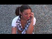 порно видео в котором парень засовывает руку в пизду девушке