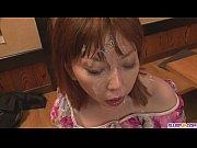 翔田千里男のチンポを竿から玉裏まで舐める不貞の不倫妻