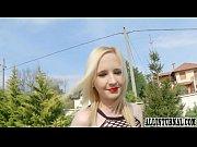 Порно ролики русская лесби соблазняет подругу