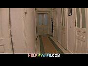 Чмошник лижет в женском туалете